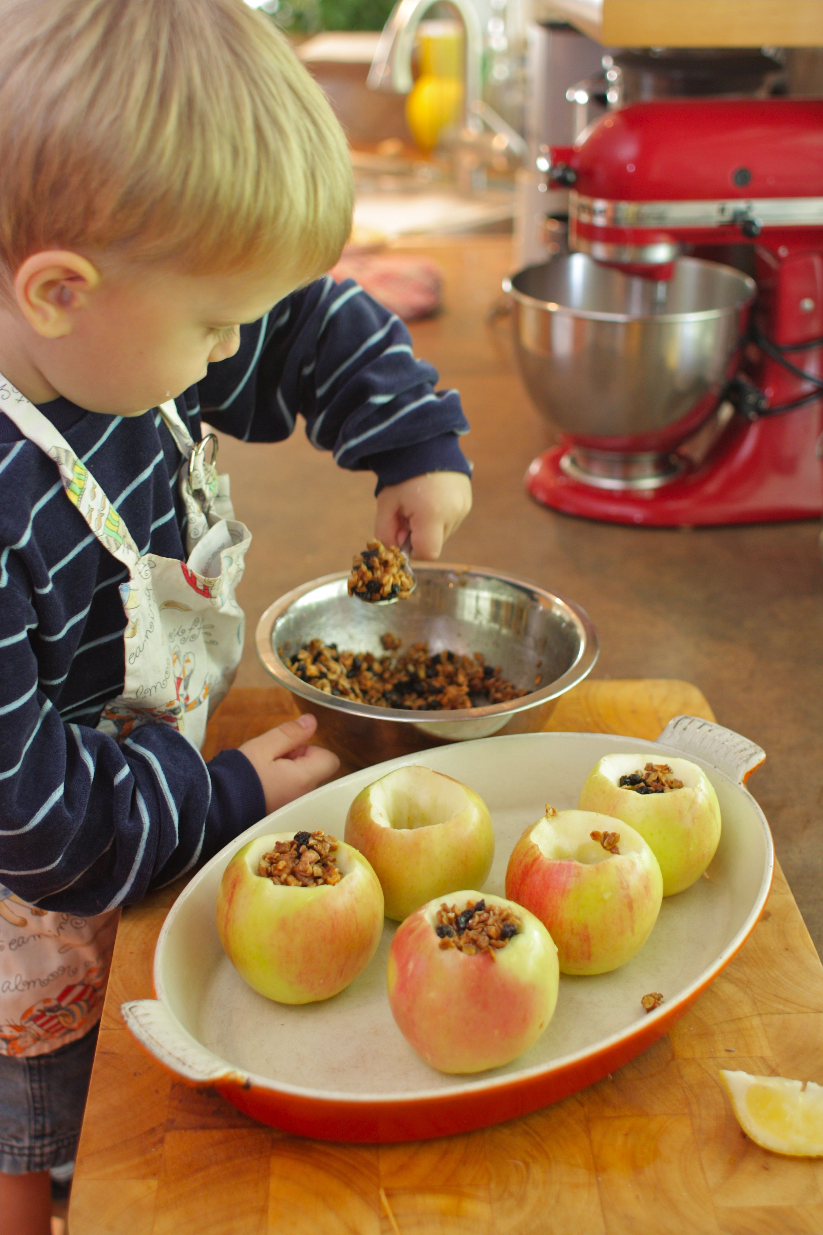 Cooking With Kids Maple Pecan Baked Apples