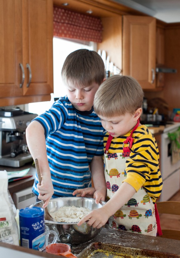 kids in the kitchen on simplebites.net