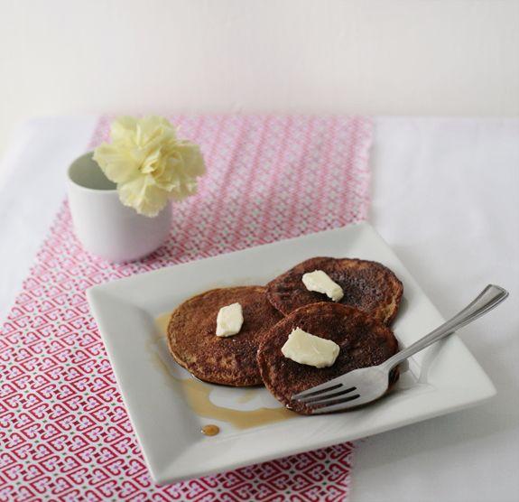 Paleo Pumpkin Pancakes on simplebites.net
