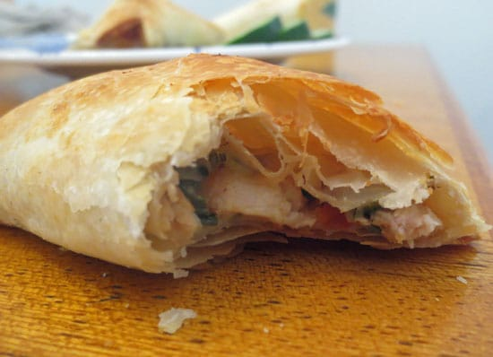 closeup-inside-chicken-empanada