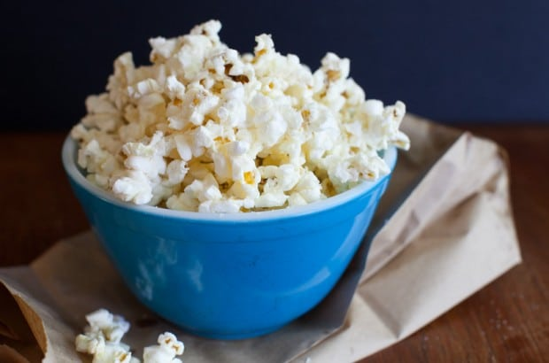 How to make homemade microwave popcorn