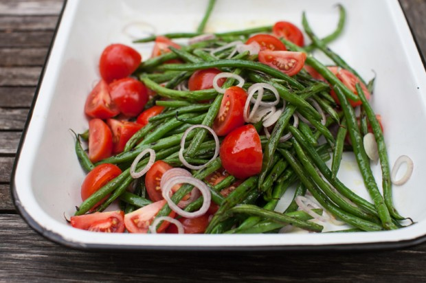 Green beans with tomatoes-1