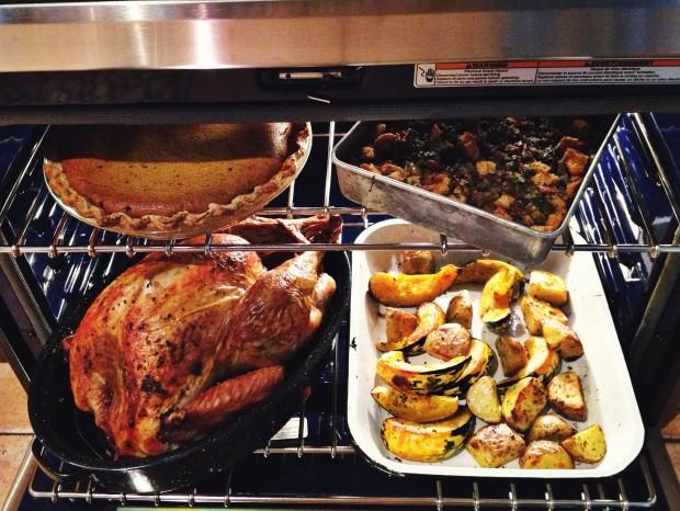Turkey dinner in one oven