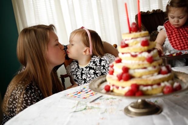 Raspberry Shortcake | Simple Bites #birthdaycake #birthdayparty #kids #cake