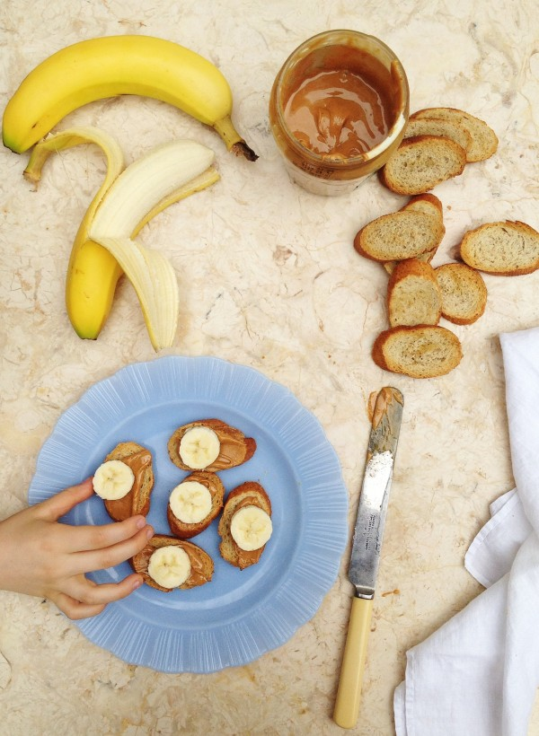 Why my kids are making summer lunches and ideas for easy lunches | SImple Bites banana bites