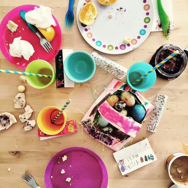 Easter kid table