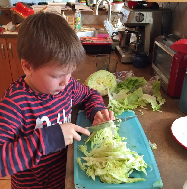 Kitchen tasks for kids 9-11