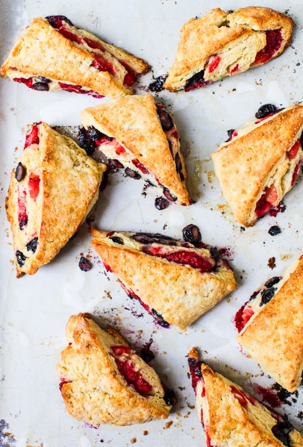 Triple Berry Scones || Simple Bites #baking #breakfast #eatseasonal