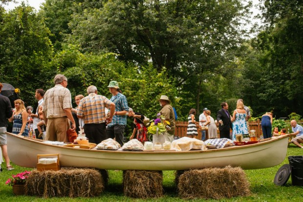 How to set up an outdoor buffet in a canoe || Simple Bites #entertaining #buffet
