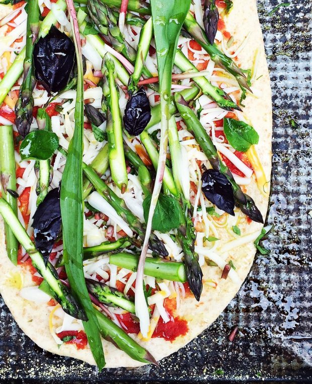 Asparagus & ramp pizza | Simple Bites