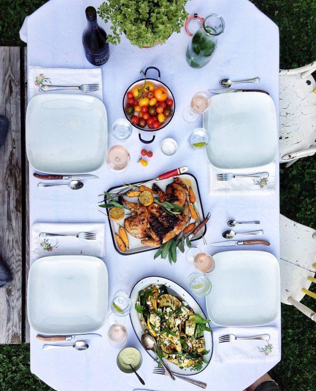 Harvest Dinner in the garden tablescape || Simple Bites